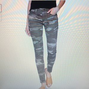 Democracy Ab Solution Camo Side Zip Jeans 14P